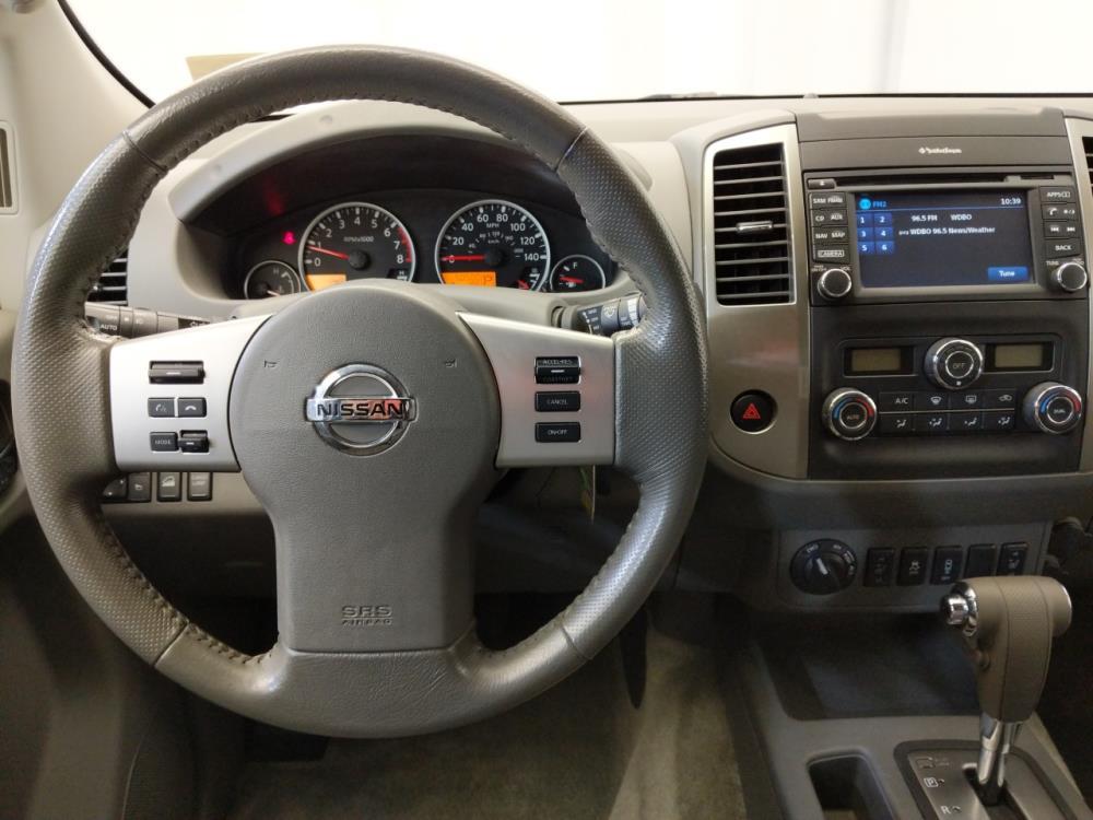 2014 Nissan Frontier Crew Cab SL 5 ft - 1120144031