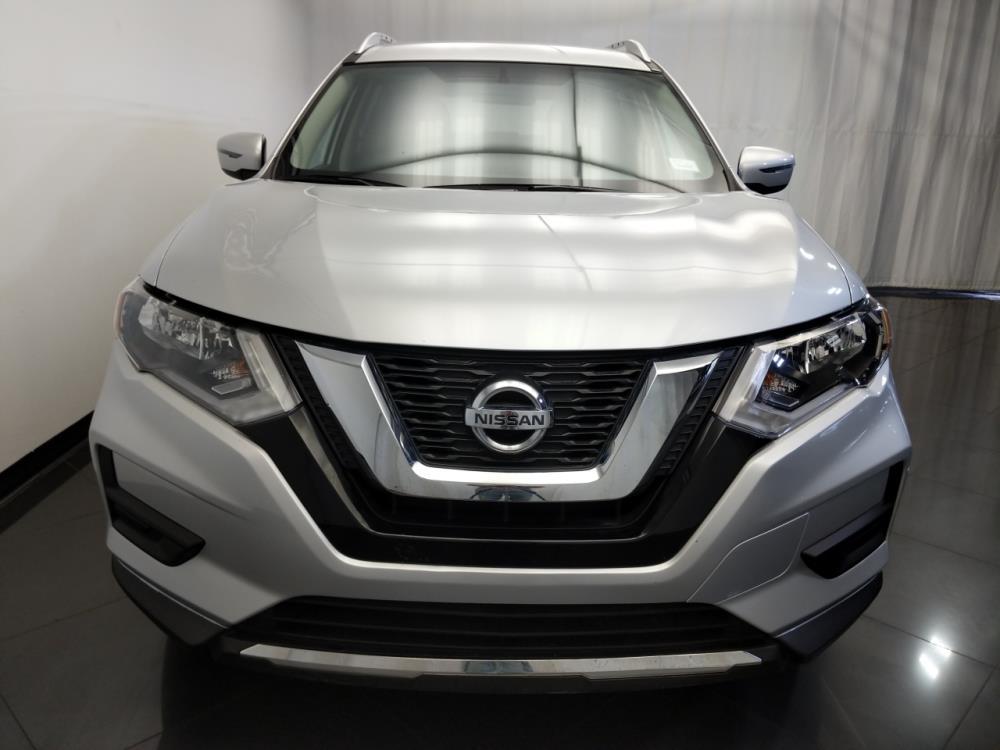 2017 Nissan Rogue SV - 1120144899