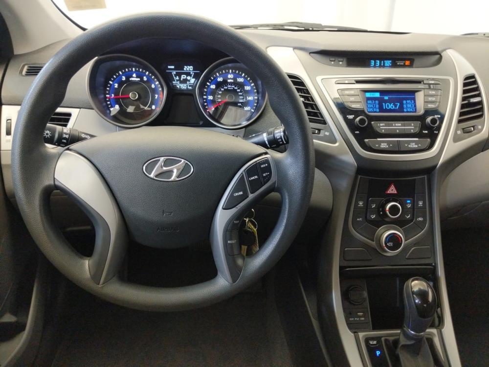 2016 Hyundai Elantra SE - 1120145928