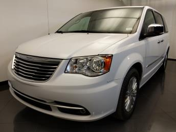 2015 Chrysler Town and Country Touring-L - 1120146743