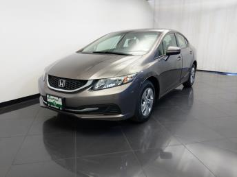 2015 Honda Civic LX - 1120148421