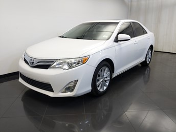 2014 Toyota Camry XLE - 1120149295