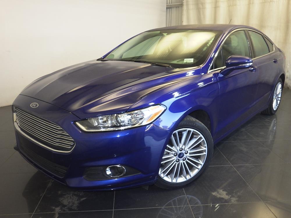 2016 Ford Fusion SE - 1150094869