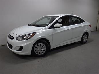 2012 Hyundai Accent - 1190090420