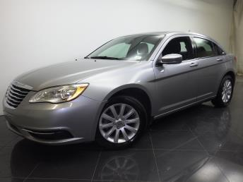 2014 Chrysler 200 - 1190094012