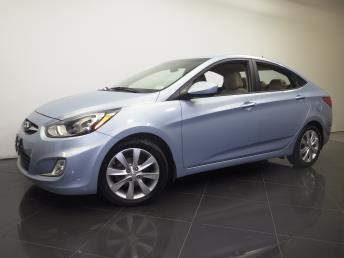 2012 Hyundai Accent - 1190095919