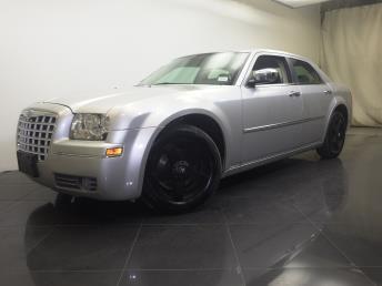 2010 Chrysler 300 - 1190101933