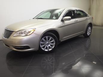 2013 Chrysler 200 - 1190102429