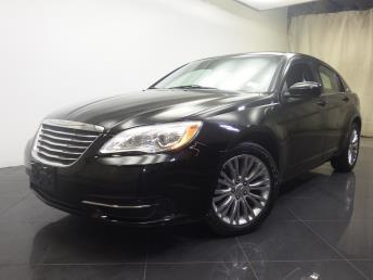 2012 Chrysler 200 - 1190104015