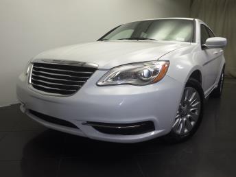 2014 Chrysler 200 - 1190104444