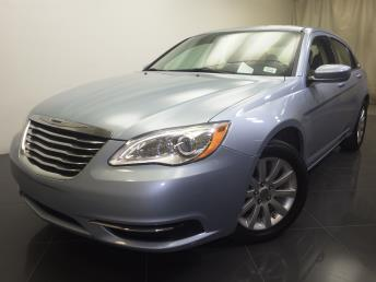 2014 Chrysler 200 - 1190107069