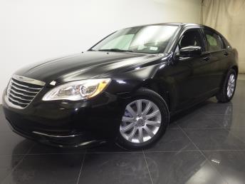 2013 Chrysler 200 - 1190107070