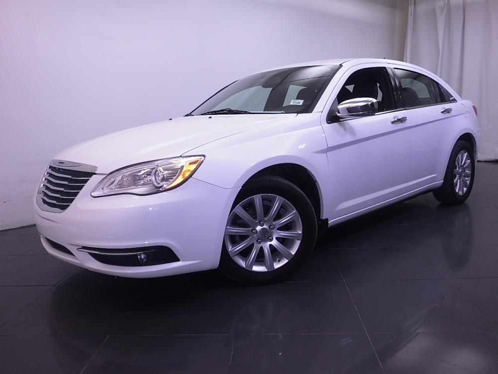 2013 chrysler 200 for sale in norfolk 1190114944 drivetime. Black Bedroom Furniture Sets. Home Design Ideas