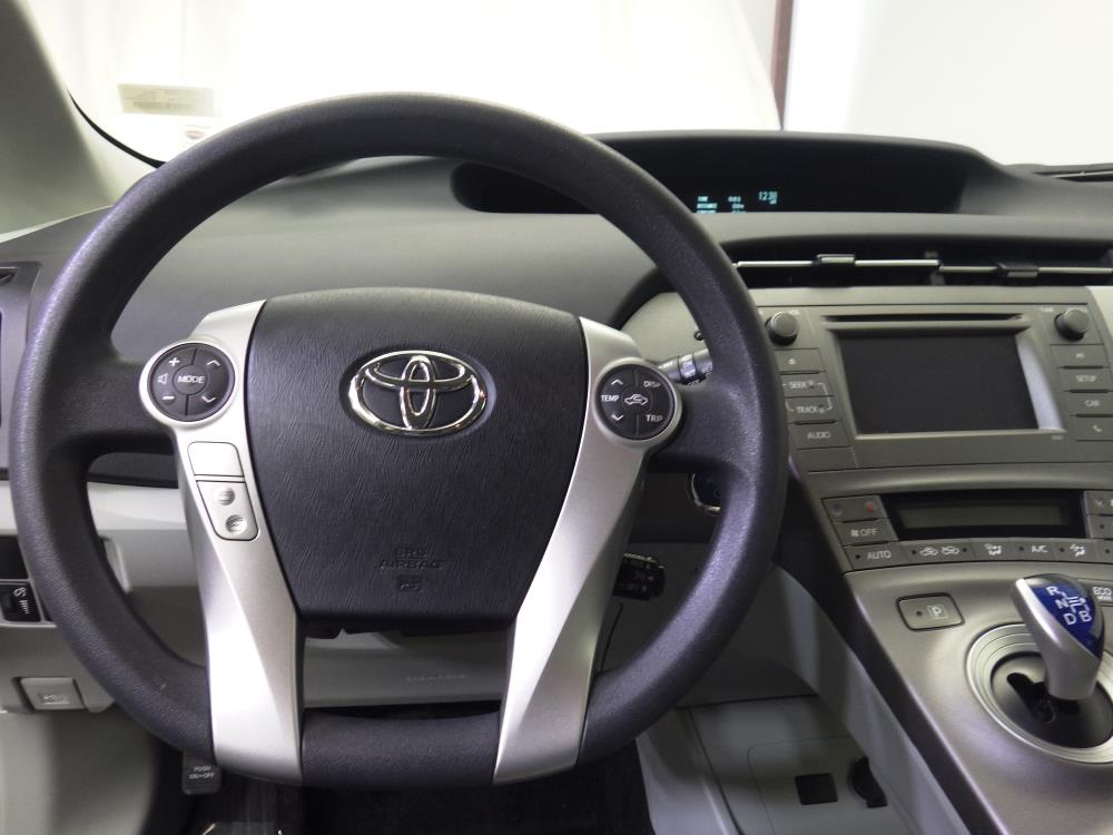 2015 Toyota Prius Two - 1190115365