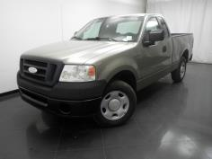 2006 Ford F-150 Regular Cab XL 6.5 ft