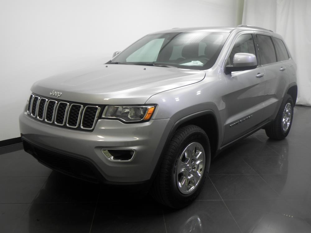 2017 Jeep Grand Cherokee Laredo - 1190118320