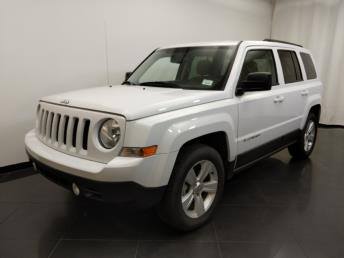 2016 Jeep Patriot Latitude - 1190119104