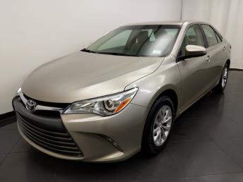 2016 Toyota Camry LE - 1190119308
