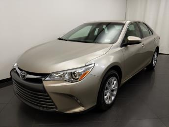 2016 Toyota Camry LE - 1190119309