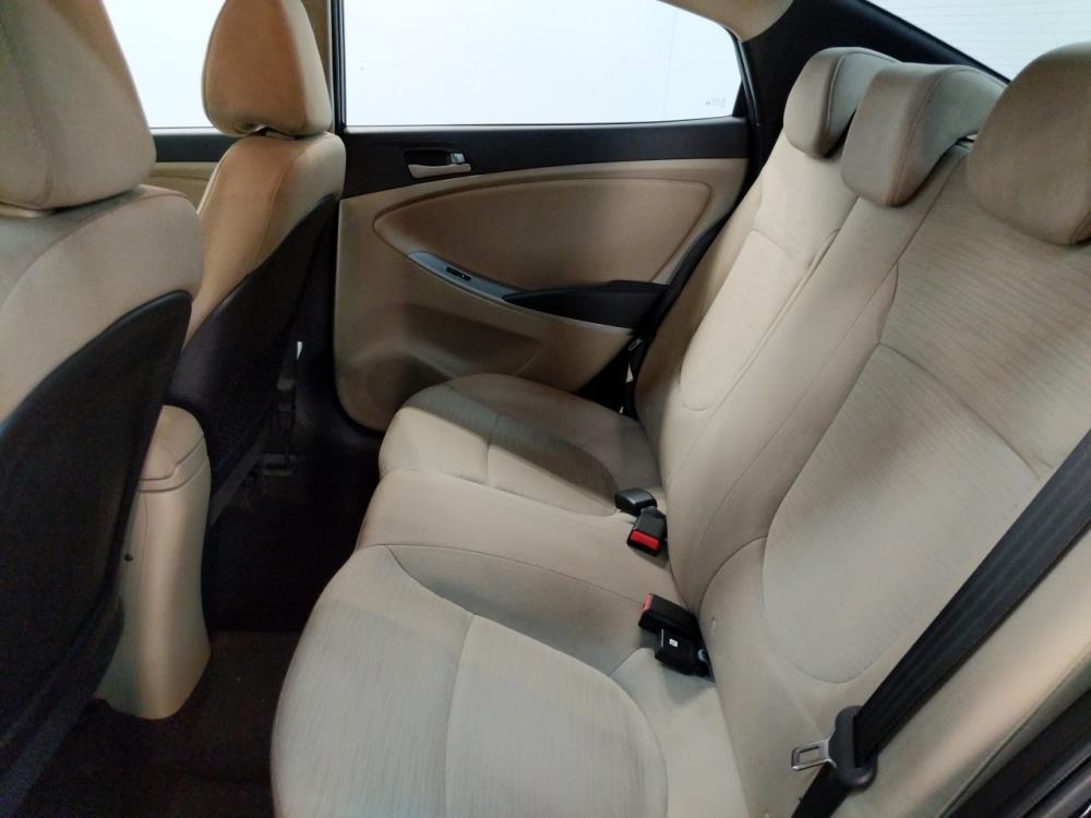 2016 Hyundai Accent SE - 1190119399