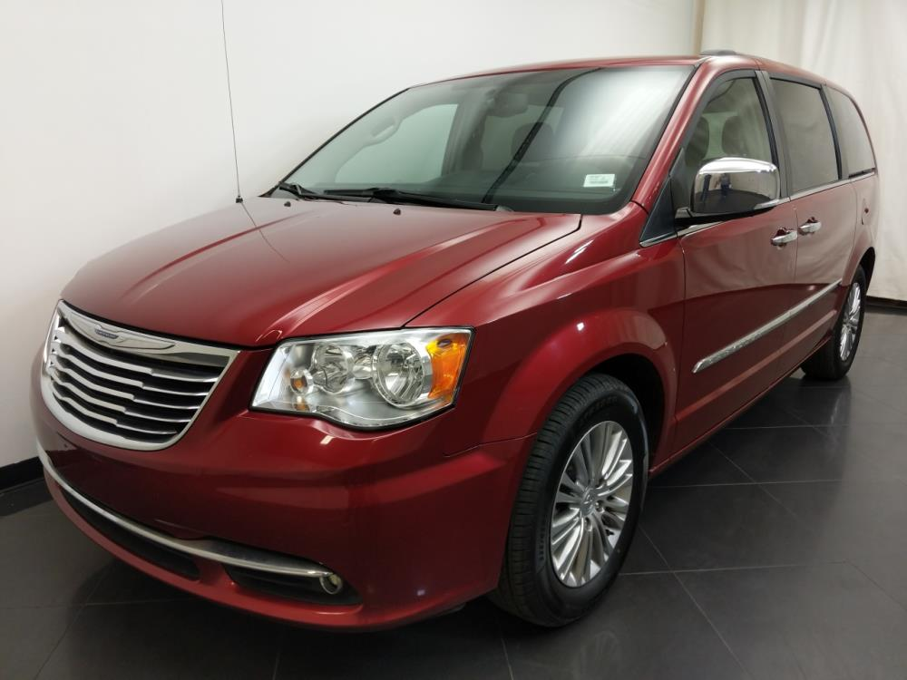 2015 Chrysler Town and Country Touring-L - 1190119681