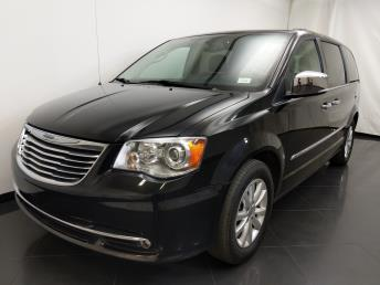 2015 Chrysler Town and Country Limited Platinum - 1190119855