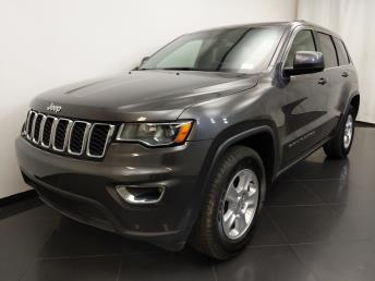 2017 Jeep Grand Cherokee Laredo - 1190120123
