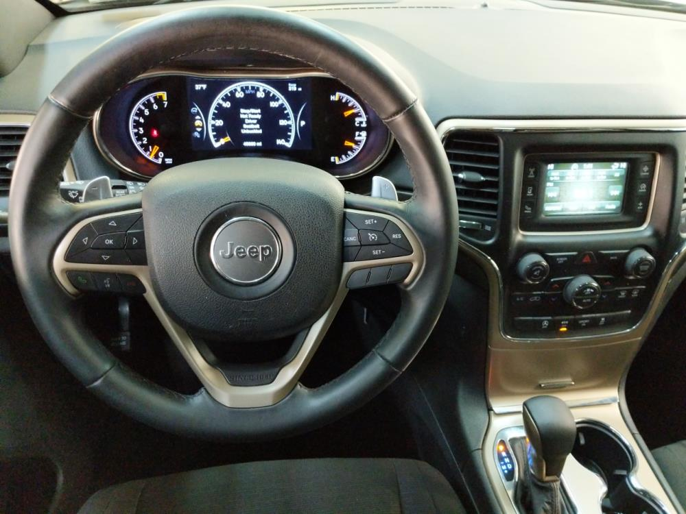 2016 Jeep Grand Cherokee Laredo - 1190120478