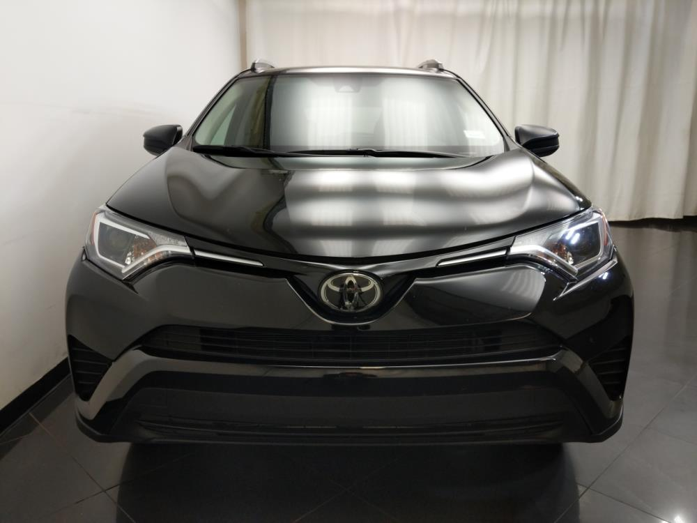 2017 Toyota RAV4 LE - 1190121185