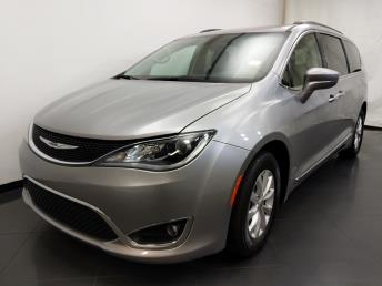 2017 Chrysler Pacifica Touring-L - 1190121462