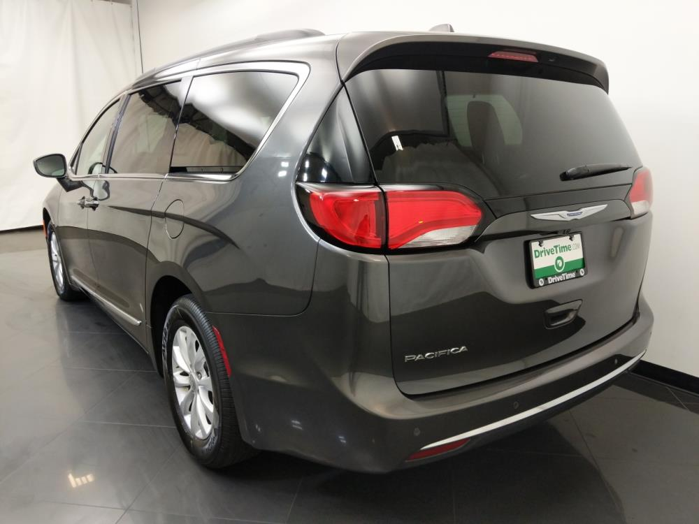 2017 Chrysler Pacifica Touring-L - 1190121466