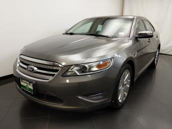 2011 Ford Taurus Limited - 1190122924