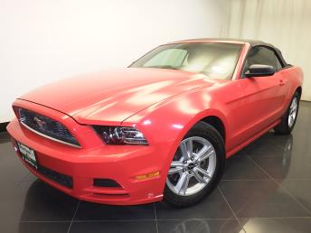 2013 Ford Mustang - 1230027205