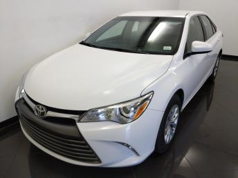 2016 Toyota Camry LE - 1230031335