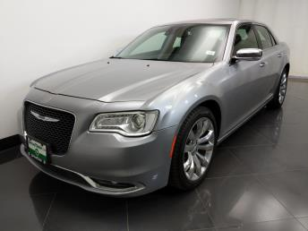2017 Chrysler 300 300C - 1230031513