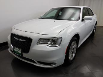 2017 Chrysler 300 300 Limited - 1230031766