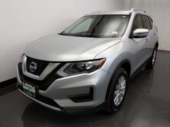 2017 Nissan Rogue SV - 1230031901