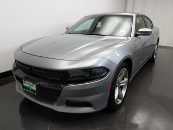 2016 Dodge Charger R/T - 1230031938