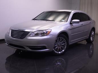 2011 Chrysler 200 - 1240017747
