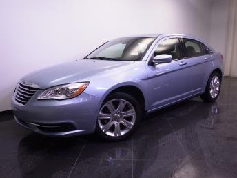 2013 Chrysler 200 - 1240020585