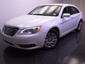 2013 Chrysler 200 - 1240020705