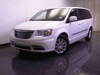 2012 Chrysler Town and Country - 1240020830