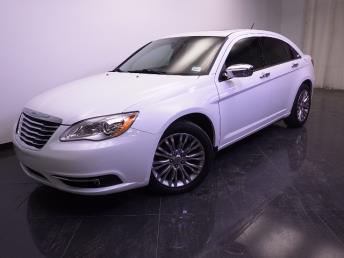 2012 Chrysler 200 - 1240021042