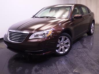2013 Chrysler 200 - 1240021146
