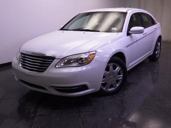 2014 Chrysler 200 - 1240021339
