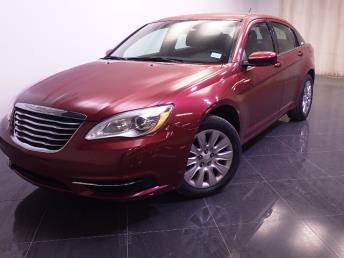 2014 Chrysler 200 - 1240021710