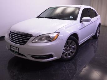 2014 Chrysler 200 - 1240022011