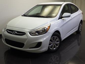 2015 Hyundai Accent - 1240022032