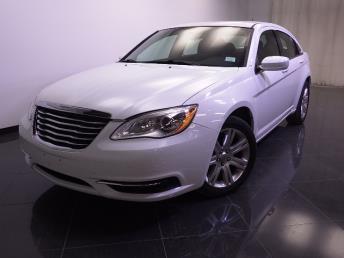 2013 Chrysler 200 - 1240022796
