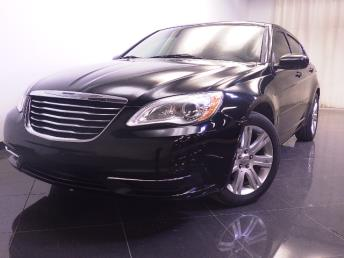 2013 Chrysler 200 - 1240023291